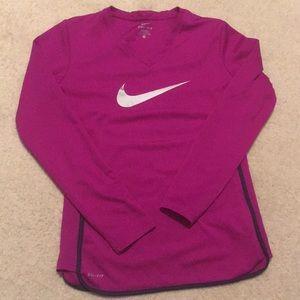 Nike - DriFit Long Sleeve